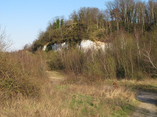 Grays, Path and Cliffs near Grays Gorge, Essex © Roger Jones